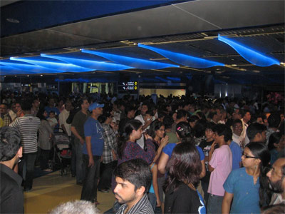 Dubai Metro: The opening day crowd at Khalid Bin Al-Waleed station