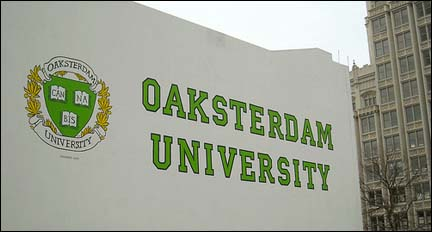 Photo: The exterior of Oaksterdam University.
