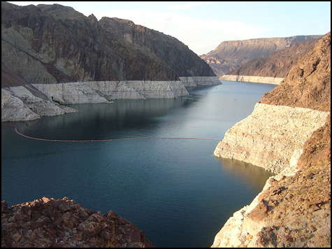 Decreasing water levels in Lake Mead, Las Vegas, NV