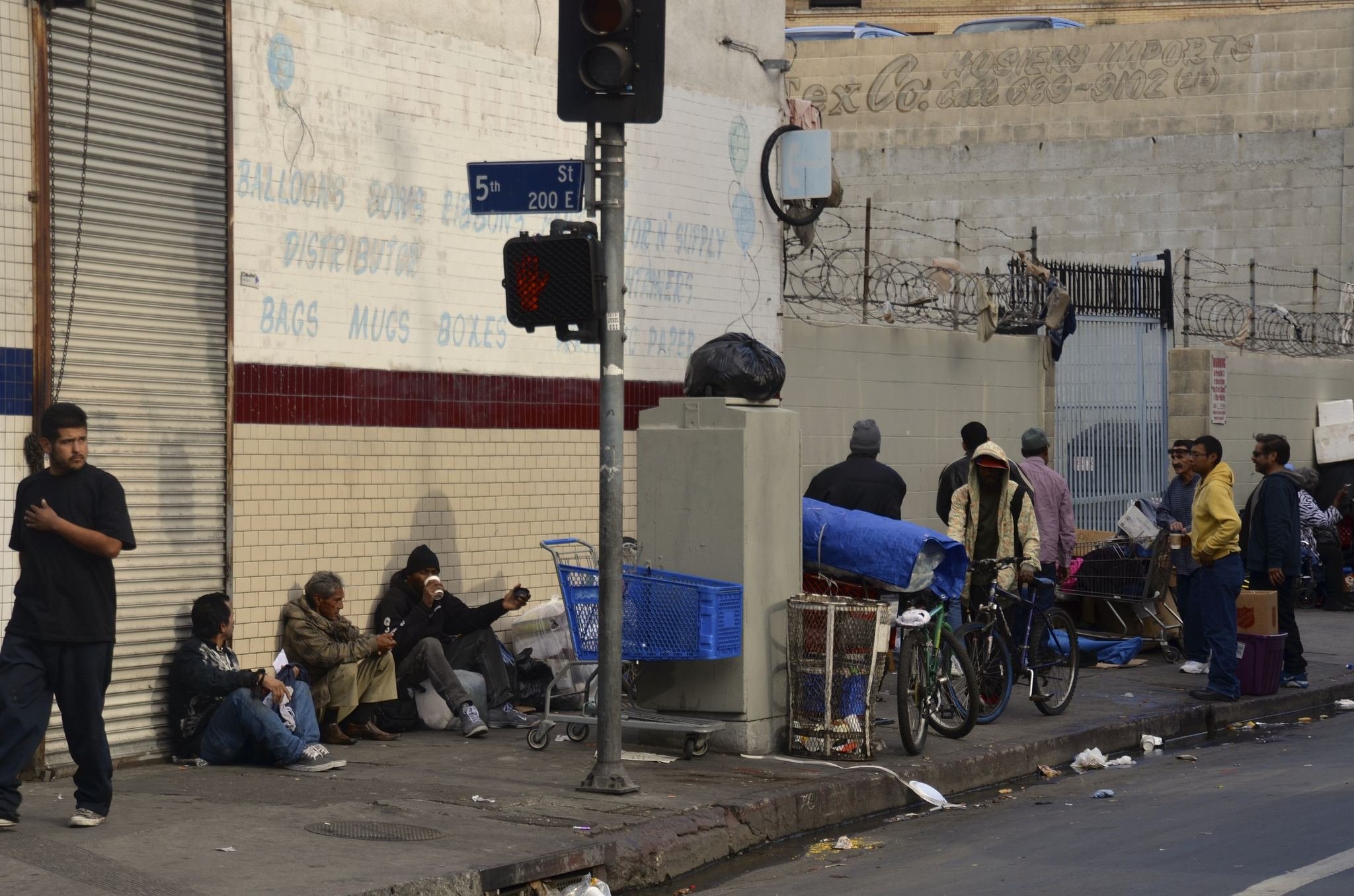 Conflicting Stories From Los Angeles Skid Row News