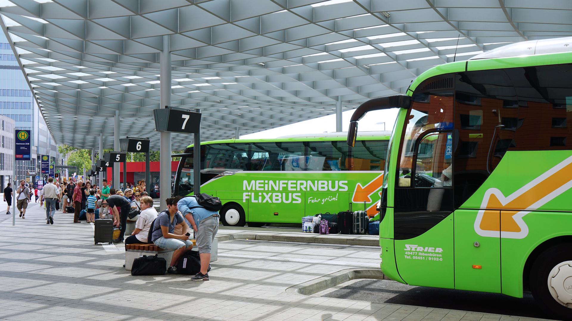 Flixbus, Europe's Growing Intercity Bus Service, Comes