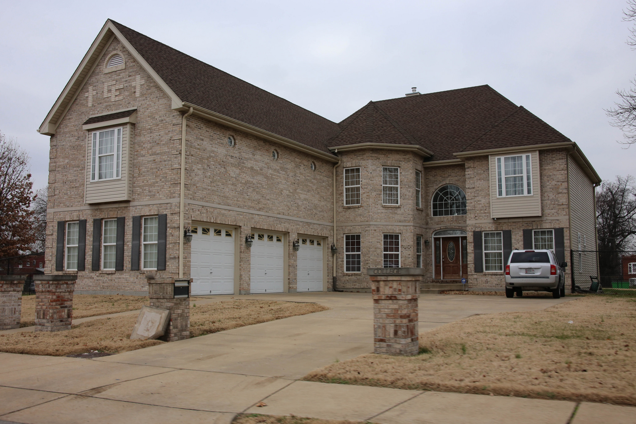 Why the mcmansion isn 39 t really back news planetizen for The american house